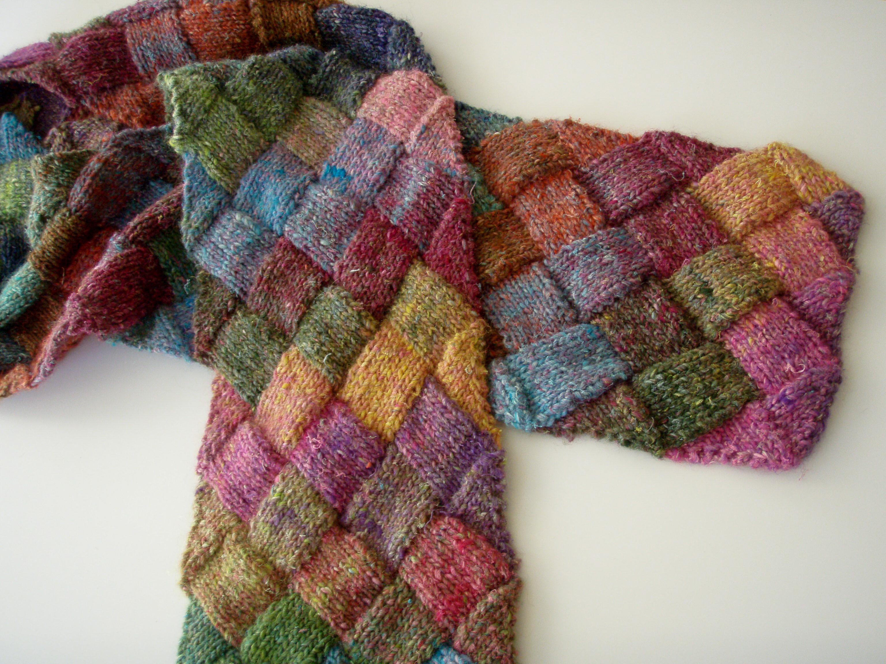 Free Knitting Patterns Entrelac Scarf : Entrelac Scarf   Freckles & Purls
