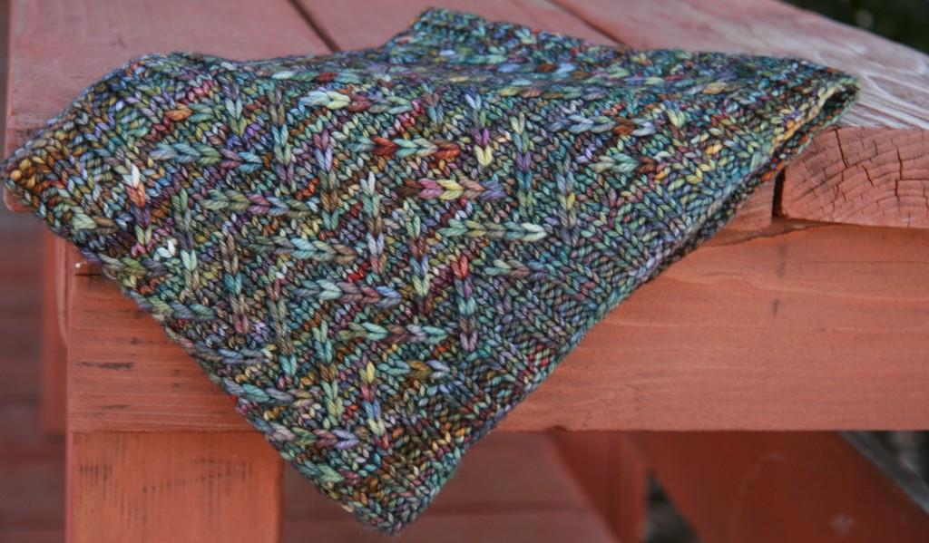 Pebble Brook pattern by Allison LoCicero   frecklesandpurls.com
